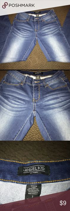 Women's Jeans size 3 Angel Kiss Women's skinny jeans size 3. Jeans are in like new condition Angel Kiss Jeans Skinny
