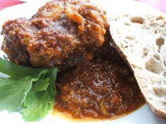 Das perfekte Fleisch: Coda Di Bue Brasato (altes Rezept aus dem Latium)-Rezept mit einfacher Schritt-für-Schritt-Anleitung: Den Ochsenschwanz vom Metzger…