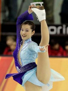 Gymnastics Pictures, Sport Gymnastics, Curvy Girl Lingerie, Curvy Girl Fashion, Beautiful Girl Image, Beautiful Asian Women, Ice Skating, Figure Skating, Curvy Outfits