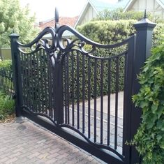 Hand crafted wrought iron gate with lift master underground motor Fence Gate Design, Front Gate Design, House Gate Design, Gate House, Wrought Iron Driveway Gates, Iron Garden Gates, Front Gates, Entrance Gates, Grades