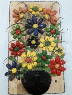 Another small pallet art picture. This one's for my mother in-law. She is a great artist/crafter. She does – BuzzTMZ