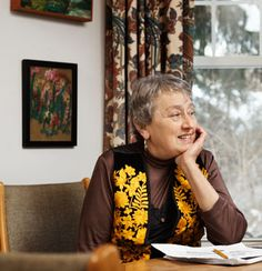 Discover Interview: Lynn Margulis Says She's Not Controversial, She's Right It's the neo-Darwinists, population geneticists, AIDS researchers, and English-speaking biologists as a whole who have it all wrong.
