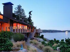 I liked this residential home  in Bainbridge Island, Washington