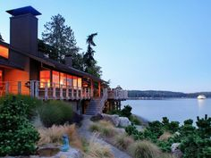 I liked this residential home  in Bainbridge Island, Washington
