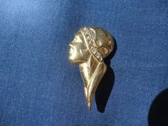 Small Vintage Goldtone Flapper Art Deco Style Brooch by ExecutiveBeader