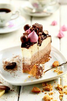 Valkosuklaamousse Finnish Recipes, Banana Cream, Breakfast Dessert, Healthy Treats, Vegan Desserts, Yummy Cakes, Afternoon Tea, Baking Recipes, Cupcake Cakes