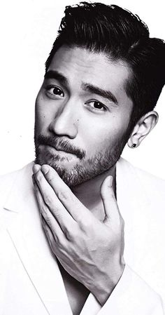 Godfrey Gao, Actor: The Mortal Instruments: City of Bones. Godfrey Gao was born on September 1984 in Taiwan as Tsao Chih-Hsiang. He is an actor, known for The Mortal Instruments: City of Bones The Jade Pendant and Love Is a Broadway Hit Godfrey Gao, Beard Styles, Hair Styles, Asian Men Hairstyle, Hot Asian Men, Handsome Asian Men, Hommes Sexy, Raining Men, Beard No Mustache