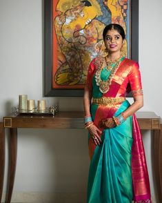 What's most important is that your jewelry compares with your attire. Your precious jewelry is the completing discuss your total look. Make your style declaration count! Pattu Sarees Wedding, Wedding Silk Saree, Bridal Sarees, Pattu Saree Blouse Designs, Bridal Blouse Designs, South Indian Bride, Indian Bridal, Saris Indios, Saree Color Combinations
