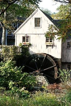 "The Jenney Grist Mill...tour Through the ""Jenny House"" and a guided tour from them to the ""ForeFathers Monument"" there in Plymouth."