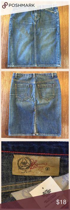 Selling this Gap Denim Skirt on Poshmark! My username is: kt_wood. #shopmycloset #poshmark #fashion #shopping #style #forsale #GAP #Dresses & Skirts
