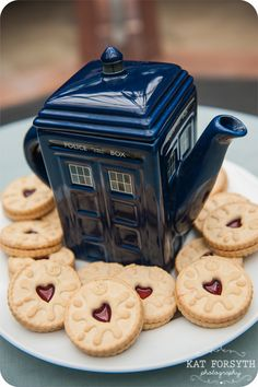 Doctor Who jammie dodgers and tardis tea