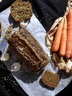 Cake rustique aux fanes de carottes #vegan | Green Cuisine