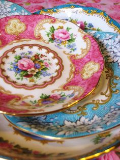 Vintage Saucers, photo by Happy in Holland, via Flickr