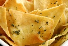 Looking for pita chips recipe? Try this easy tasty recipe for Pita Chips. Pita Chips Recipe, Baked Pita Chips, Crispy Chips, Easy Delicious Recipes, Healthy Eating Recipes, Mexican Food Recipes, Kidney Recipes, Tasty Recipe, Recipes Appetizers And Snacks