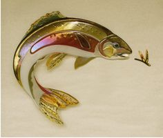 Suzanne Spalding Fused Glass Art - Trout Beauty shape and brigh. Glass Wall Art, Fused Glass Art, Stained Glass Art, Stained Glass Projects, Stained Glass Patterns, Glass Ceramic, Mosaic Glass, Glass Fusion Ideas, Glass Animals