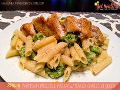 Skinny Parmesan Broccoli Pasta with Baked Garlic Chicken #lowcal #skinny #recipe #healthy