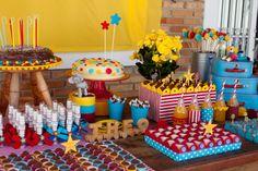 Tema para festa de aniversário: Circo 1 - Crescer | Crescer 20 anos