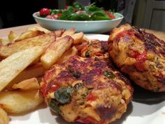 Slimming World Delights: Salmon Fishcakes Slimming World Fish Recipes, Slimming World Dinners, Healthy Meals For Kids, Healthy Eating Recipes, Cooking Recipes, Healthy Sweets, Delicious Recipes, Healthy Food, Salmon Recipes