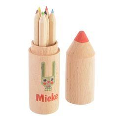 Houten potloodoker met mini kleurpotloodjes - Suikerdraakje - Doopsuiker en Geboortekaartjes