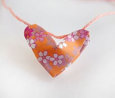 Origami Lucky Heart Necklace Site Has Link To A Video For Instructions Easy