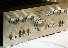 Kenwood Hifi, Kenwood Audio, Hifi Stereo, Stereo Amplifier, Hifi Audio, Metal Clock, Tape Recorder, Retro, Vintage Ads