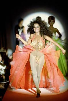 Thierry Mugler--Diana Ross for Thierry Mugler Evan Ross, Diana Ross Supremes, Female Actresses, Celebrity Gossip, Boss Lady, Classic Looks, Glamour, Couture, Thierry Mugler