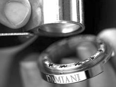 Exclusive design, superior quality, excellent craftsmanship are the features of Damiani bracelet watches for women, created with the most sophisticated techniques of Italian craftsmanship.