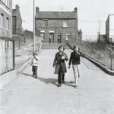 Rutland Street by Brendan walsh Dublin Street, Dublin City, Old Time Photos, Old Pictures, Cork Ireland, Dublin Ireland, Irish People, Old Irish, Ireland Homes