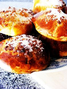 Pão de Deus - God´s bread, A brioche with coconut topping toasted in the oven. It's considered delicacy in Portugal. The most popular way to eat it is with a slice of cheese or ham or both. (recipe in Portuguese and English)