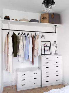 Small Bedroom Storage, Small Room Bedroom, Room Ideas Bedroom, Trendy Bedroom, Spare Room, Tiny Bedrooms, Extra Bedroom, Budget Bedroom, Bedroom Storage Solutions