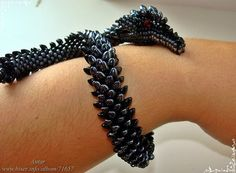 Dragon bracelet - full detailed brick stitch tutorial. Amazing work!