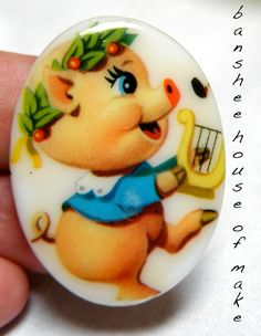 Vintage Cabochon - 1 Rare Illustrated Cartoon PIg with Wreath and Lyre 30x40MM Glass 1950s/1960s Musical Cartoon Dancing Piglet OOAK CUTE by bansheehouseofmake on Etsy