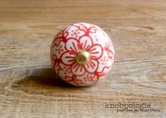 """1.5"""" Red and White Floral Ceramic Knob - Flower Drawer Pull - Decorative Knob - Cabinet Kitchen Decor - Scarlet Rose Red and Brass Gold by knobpologie on Etsy https://www.etsy.com/listing/230931192/15-red-and-white-floral-ceramic-knob"""