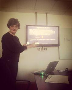 Na formação escrever frases simples curtas e claras com a Maria Spínola