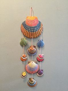If seashells could dream in color wall art Sea Crafts, Nature Crafts, Diy Home Crafts, Arts And Crafts, Seashell Painting, Seashell Art, Seashell Crafts, Seashell Projects, Painted Shells
