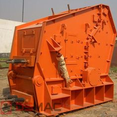 Vertical shaft impact crusher is one kind of high efficiency crusher equipment, which is widely used in the construction material, metallurgy, mine, cement, and chemical industry and so on. The adoption of new crushing theory has greatly improved the operation efficiency and increased the economic benefit.
