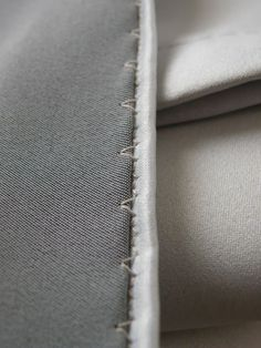 Tutorial: 'invisible' hemming trick (with sewing machine)