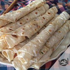 Akşam Ne Pişirsem?: Mersin Yörük Sıkması Tacos, Brunch, Food And Drink, Favorite Recipes, Bread, Baking, Cake, Ethnic Recipes, Desserts