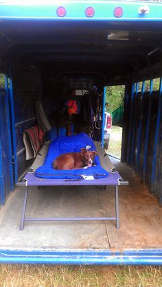 Do it yourself living quarters horse trailer.