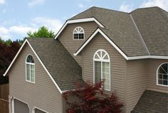Malarkey Roofing Products | Legacy Shingles | Weathered Wood