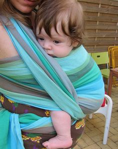 Donau Girasol wrap - I LOVE this color way. Next wrap present ;)