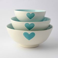 Medium salad bowl - solid turquoise heart