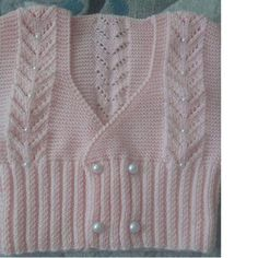 Double Breasted Boy Sweater with Pearl Decoration in Openwork V Sample. 3 years old Baby Vest, Baby Cardigan, Baby Knitting Patterns, Hand Knitting, Knitting Ideas, Boys Sweaters, Men Sweater, Pearl Decorations, Vest Pattern