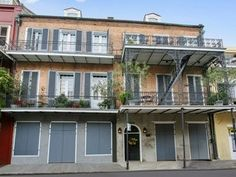For sale: $610,000. PENTHOUSE - LARGE TOP FLOOR CONDOMINIUM IN TREMENDOUS FRENCH QUARTER LOCATION B/W CHARTRES & DECATUR NEAR THE FRENCH MARKET. SECURE ELEVATOR OPENS DIRECTLY INTO UNIT. WONDERFUL SKYLINE VIEWS. VAULTED CEILINGS, EXPOSED BRICK WALLS & WALNUT WOOD FLOORS. OPEN KIT. W BREAKFAST BAR. GRANITE CNTRS. MANY UPDATES & RENOVATIONS DURING OWNERSHIP. 2 AC UNITS. 2 WATER HEATERS. FANTASTIC STORAGE, IN UNIT LAUNDRY ROOM. SECURITY ALARM, ACROSS STREET FROM IRENE'S REST. BEAUTIFUL…