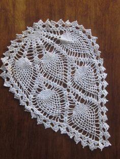 Vintage Crochet Doily by SimplyVintageandMore on Etsy Crochet Pillow Pattern, Crochet Motif, Crochet Designs, Crochet Doilies, Crochet Flowers, Easy Crochet, Crochet Lace, Fabric Flowers, Crochet Stitches