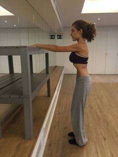 Trim Your Waist With These Awesome Fitness Tips! If you want to live well you need to stay in shape throughout your life or else you will not be well in later years. This will ensure you stay in shape aft Yoga Fitness, Fitness Tips, Fitness Motivation, Health Fitness, Best Weight Loss, Weight Loss Tips, Estilo Fitness, Pilates Video, Yoga Positions