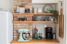 Real Life Results: Super Stylish (& Tidy!) Shelving in Real Kitchens — Rooms That Get It Right   Apartment Therapy