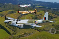Mosquito,Spitfire,Mustang over New Zealand