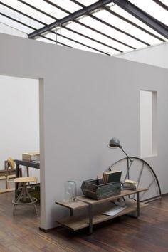 Le gris, la couleur de peinture idéale pour une déco de salon esprit loft