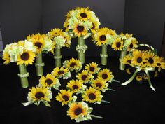 Sunflower/hydrangea bouquets...................really really like them!!!!!!